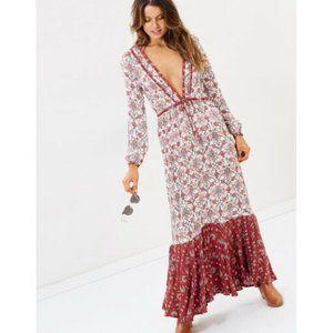 TIGERLILY Hamilton Red LongSleeve Maxi Dress R$270